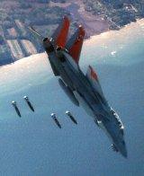 Az F-14D már képes földi célok elleni precíziós fegyverek célbajuttatására is