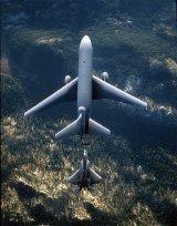 KC-10 és F-22